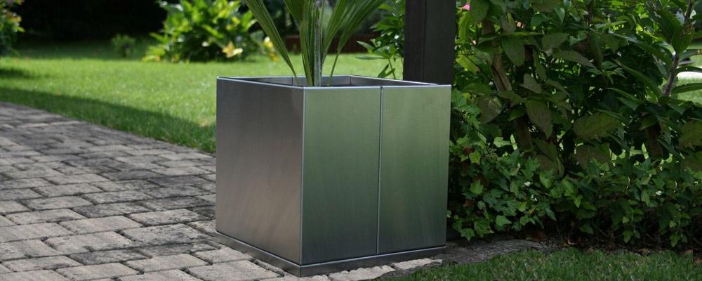 mobilier m tallique gamme cubik. Black Bedroom Furniture Sets. Home Design Ideas